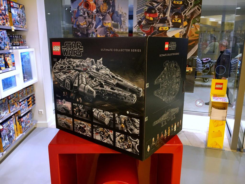 LEGO Star Wars 75192 UCS- Millennium Falcon Kiste am Force Friday 2017 | © 2017 Brickzeit