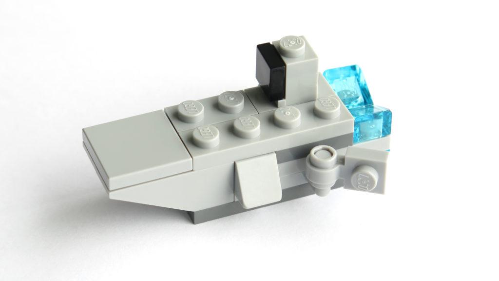 First Oder Transporter aus Tür 6 vom LEGO® Star Wars™ Adventskalender 2017 | © 2017 Brickzeit
