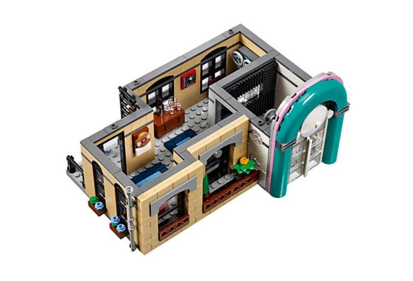 10260 LEGO Creator Expert Amerikanisches Diner - Tonstudio | ©LEGO Gruppe
