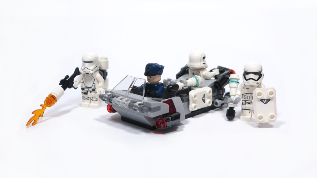 LEGO® Star Wars™ 75166 First Order Transport Speeder Battle Pack - Inhalt | © 2018 Brickzeit