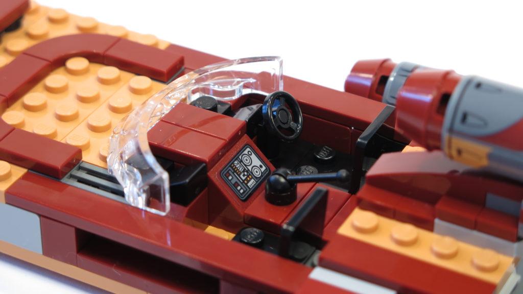 LEGO® Star Wars™ 75173 Luke's Landspeeder - Cockpit | © 2018 Brickzeit