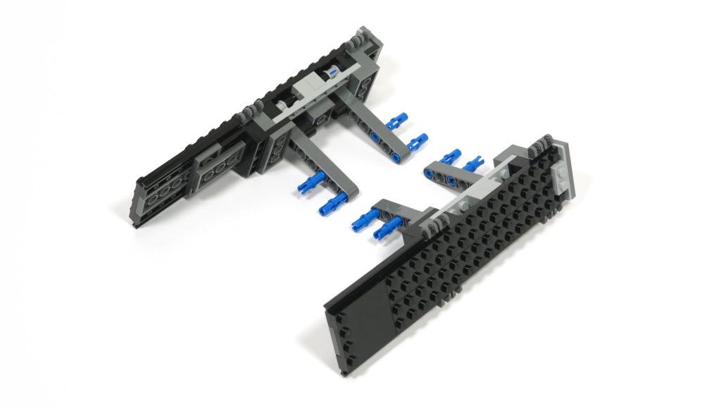LEGO® Star Wars™ 75179 Kylo Ren's TIE Fighter - Bauabschnitt 2 | ©2018 Brickzeit