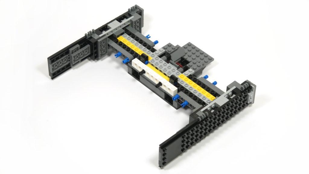 LEGO® Star Wars™ 75179 Kylo Ren's TIE Fighter - Bauabschnitt 2 - kombiniert - Rückseite | ©2018 Brickzeit