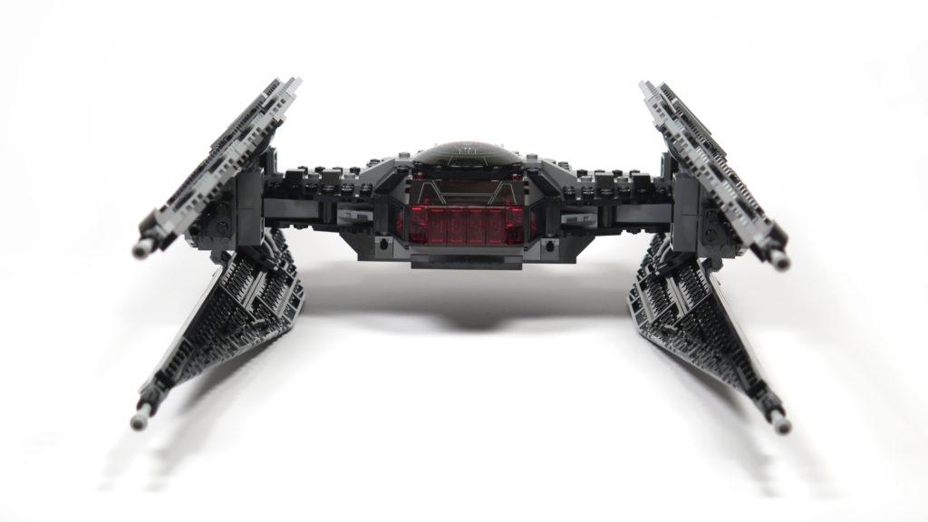 LEGO® Star Wars™ 75179 Kylo Ren's TIE Fighter - Bauabschnitt 5 & 6 - Vorderseite | ©2018 Brickzeit