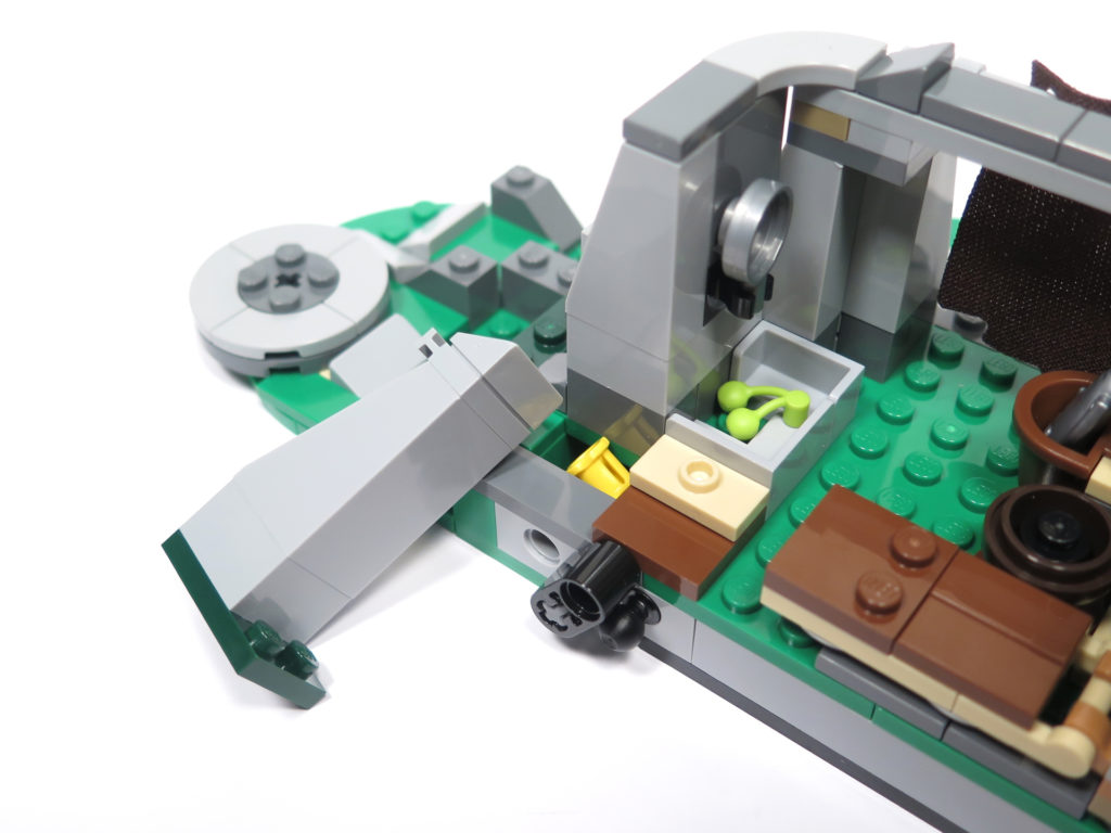 LEGO® Star Wars™ 75200 Ahch-To Island™ Training - Innen linke Seite offene Wand | ©2018 Brickzeit