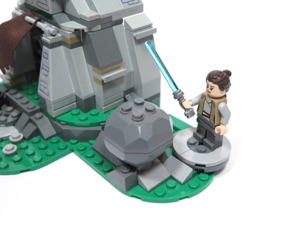 LEGO® Star Wars™ 75200 Ahch-To Island™ Training - Übungsplatz 1 | ©2018 Brickzeit
