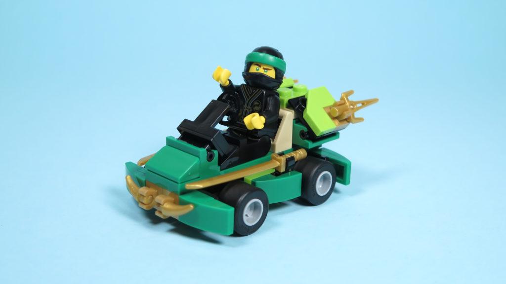 LEGO® NINJAGO® Polybag 30352 Turbo Set - Perspektive mit Lloyd | ©2018 Brickzeit