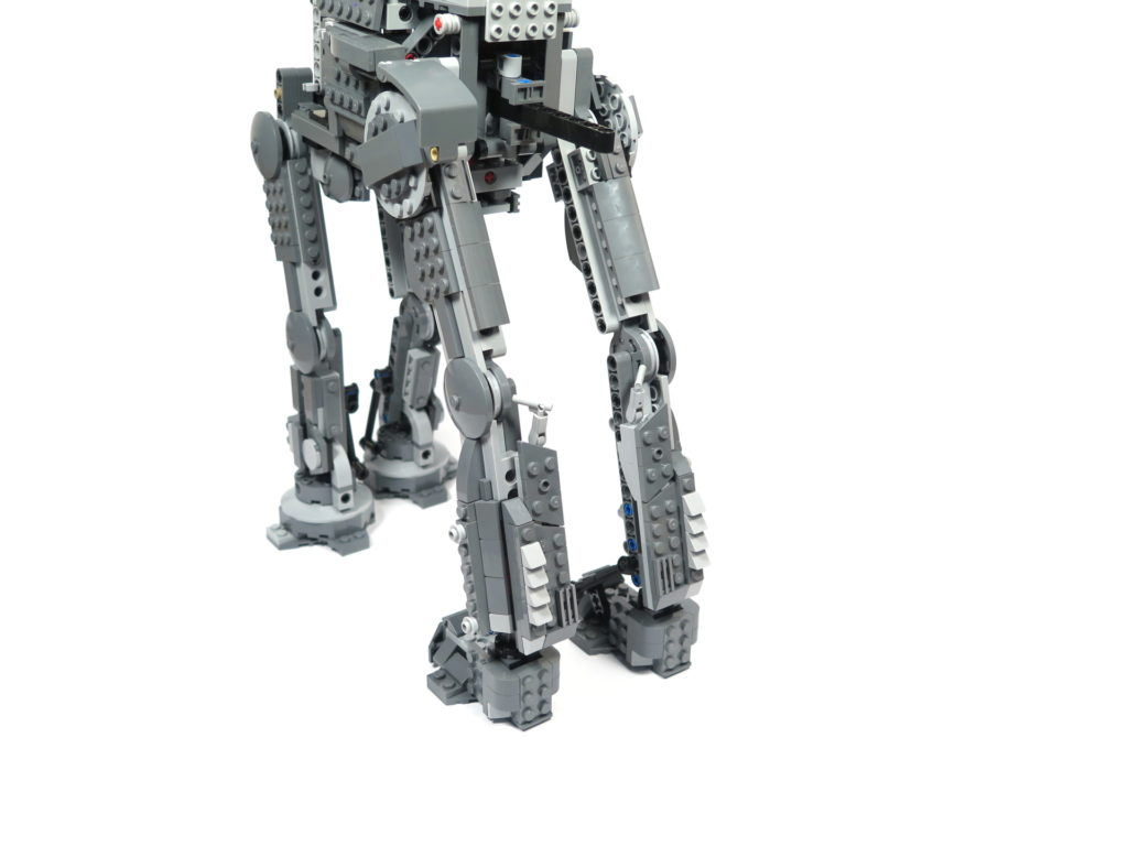 LEGO® Star Wars™ 75189 First Order Heavy Assault Walker™ - Bauabschnitt 5 & 6 | ©2018 Brickzeit