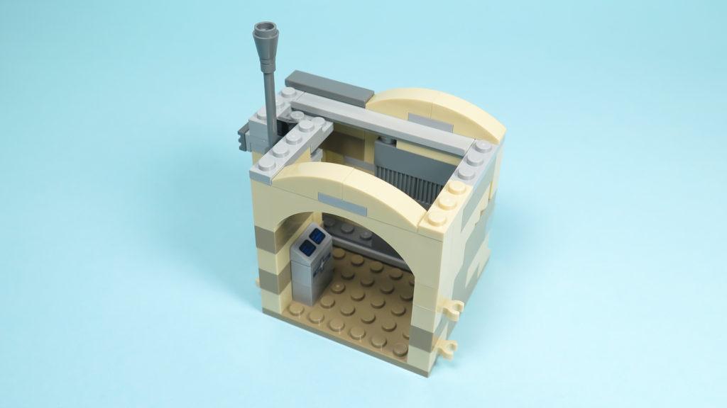 LEGO® Star Wars™ 75205 Mos Eisley Cantina™ - Bauabschnitt 2 - Eingang - Innenbereich| ©2018 Brickzeit