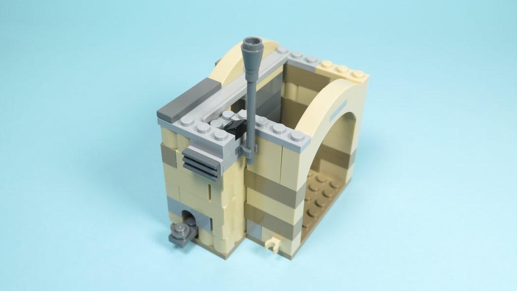LEGO® Star Wars™ 75205 Mos Eisley Cantina™ - Bauabschnitt 2 - Eingang - Schornstein, Abluft und Verbinder | ©2018 Brickzeit