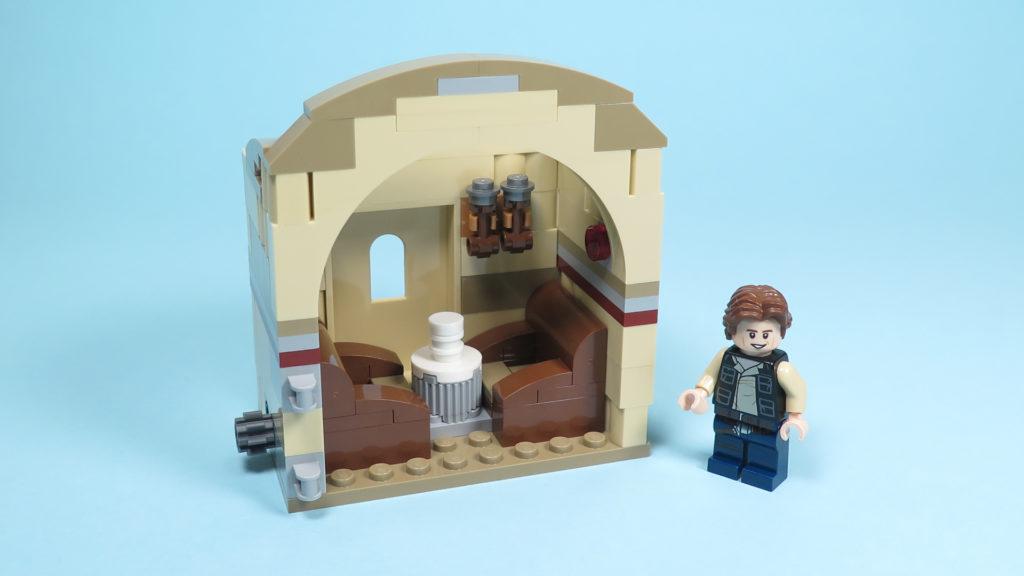 LEGO® Star Wars™ 75205 Mos Eisley Cantina™ - Bauabschnitt 3 | ©2018 Brickzeit