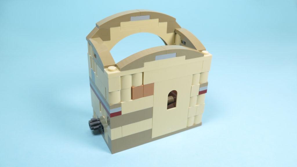 LEGO® Star Wars™ 75205 Mos Eisley Cantina™ - Bauabschnitt 3 - Rückseite | ©2018 Brickzeit