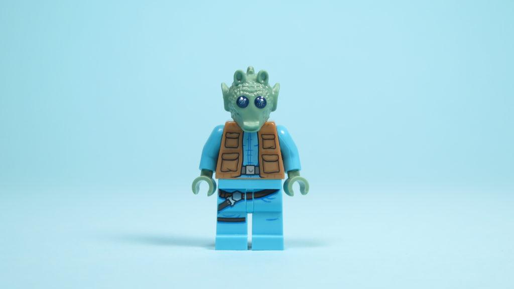 LEGO® Star Wars™ 75205 Mos Eisley Cantina™ - Greedo - Vorderseite | ©2018 Brickzeit