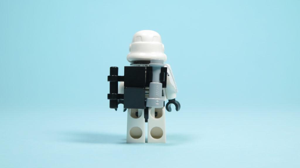 LEGO® Star Wars™ 75205 Mos Eisley Cantina™ - Sandtrooper - Rückseite | ©2018 Brickzeit