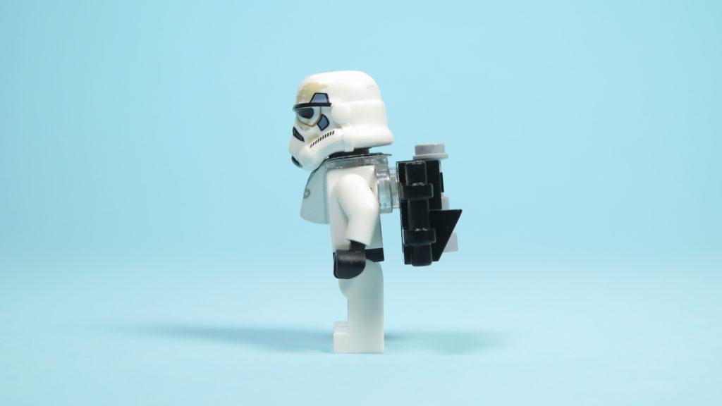 LEGO® Star Wars™ 75205 Mos Eisley Cantina™ - Sandtrooper - linke Seite | ©2018 Brickzeit
