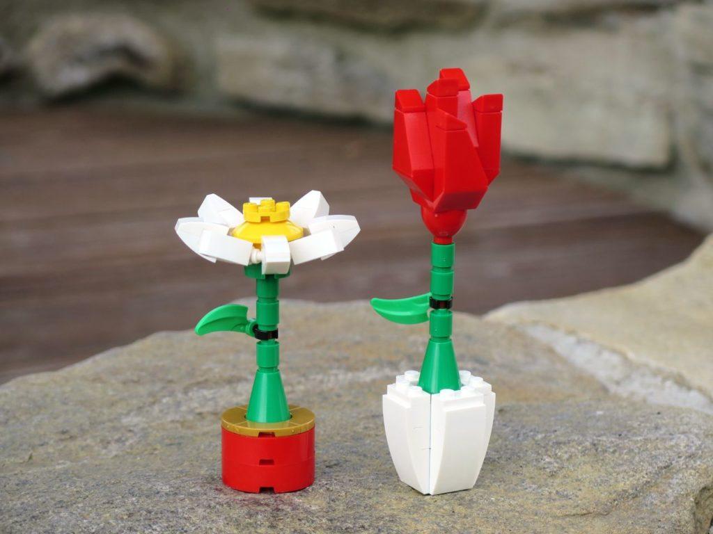 LEGO® Blumenpracht (40187) - Bild 2 | ©2018 Brickzeit