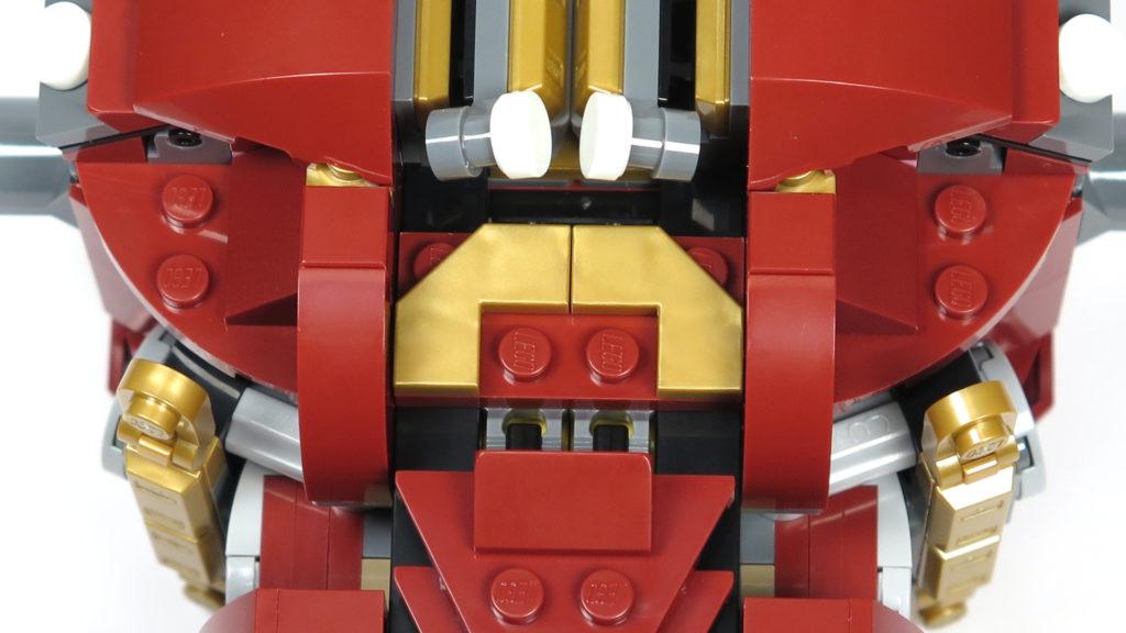 LEGO® Marvel Super Heroes - 76105 - Der Hulkbuster: Ultron Edition - Bauabschnitt 2 - Tippschalter für den Leuchtstein | ©2018 Brickzeit