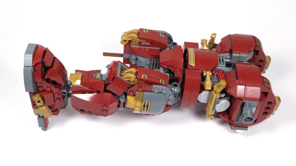 LEGO® Marvel Super Heroes - 76105 - Der Hulkbuster: Ultron Edition - Bauabschnitt 4 | ©2018 Brickzeit