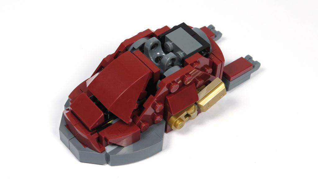 LEGO® Marvel Super Heroes - 76105 - Der Hulkbuster: Ultron Edition - Bauabschnitt 4 - Fuß Vorderseite | ©2018 Brickzeit