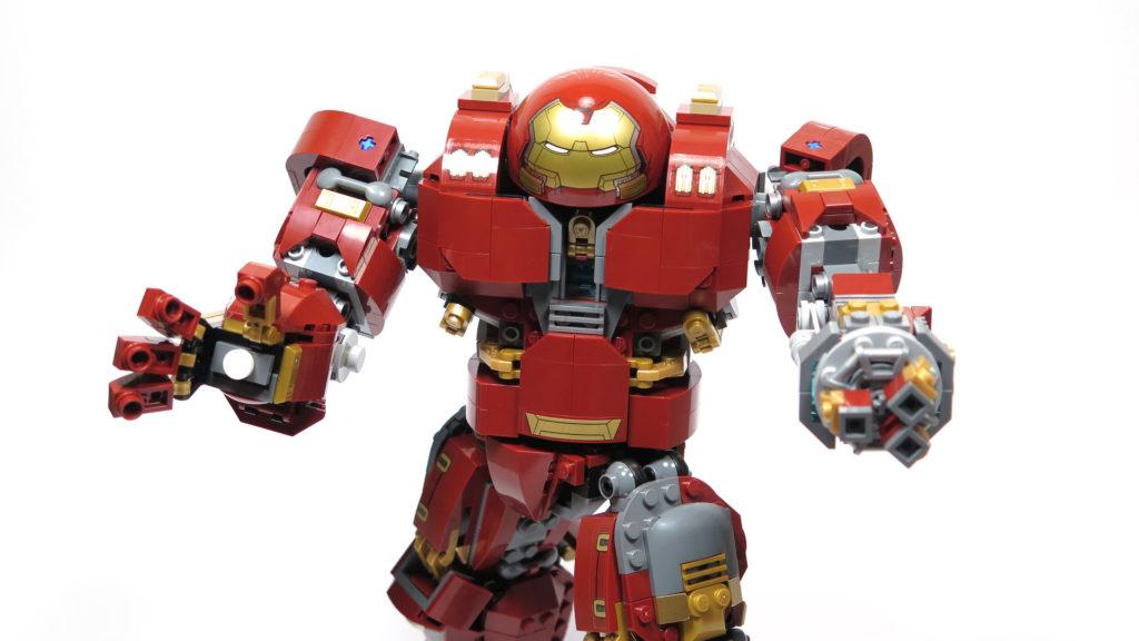 LEGO® Marvel Super Heroes - 76105 - Der Hulkbuster: Ultron Edition - Bauabschnitt 7 | ©2018 Brickzeit