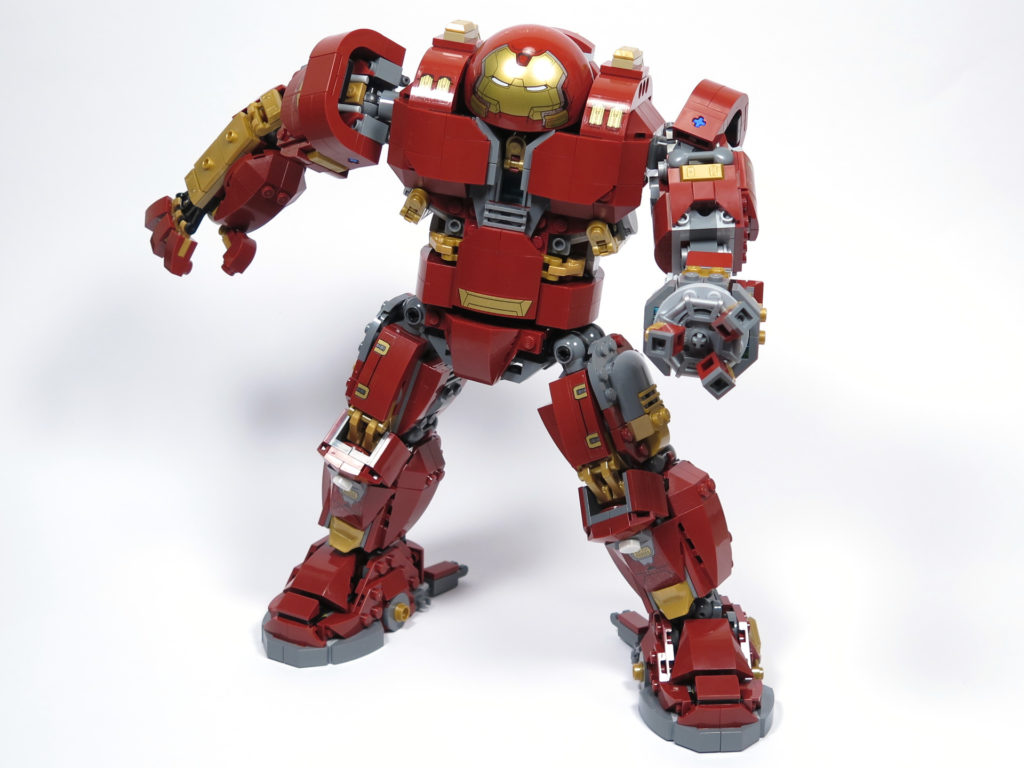 LEGO® Marvel Super Heroes - 76105 - Der Hulkbuster: Ultron Edition - in Aktion | ©2018 Brickzeit