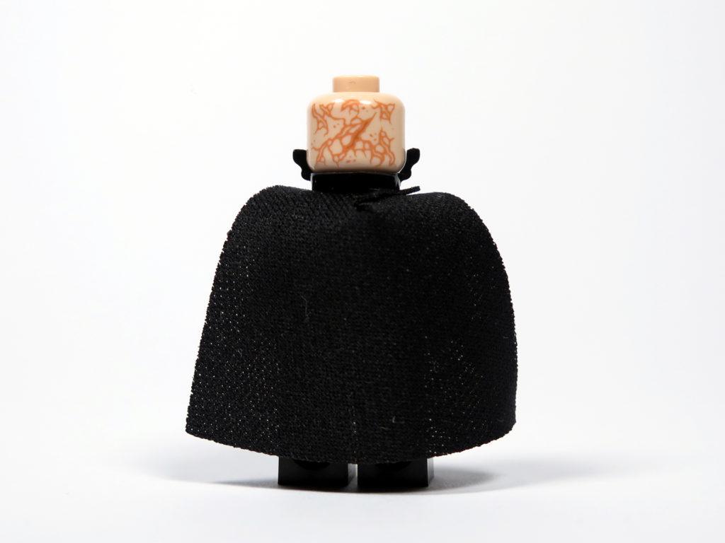 LEGO® Star Wars™ 75183 Darth Vader™ Transformation - Darth Vader Rückseite | ©2018 Brickzeit