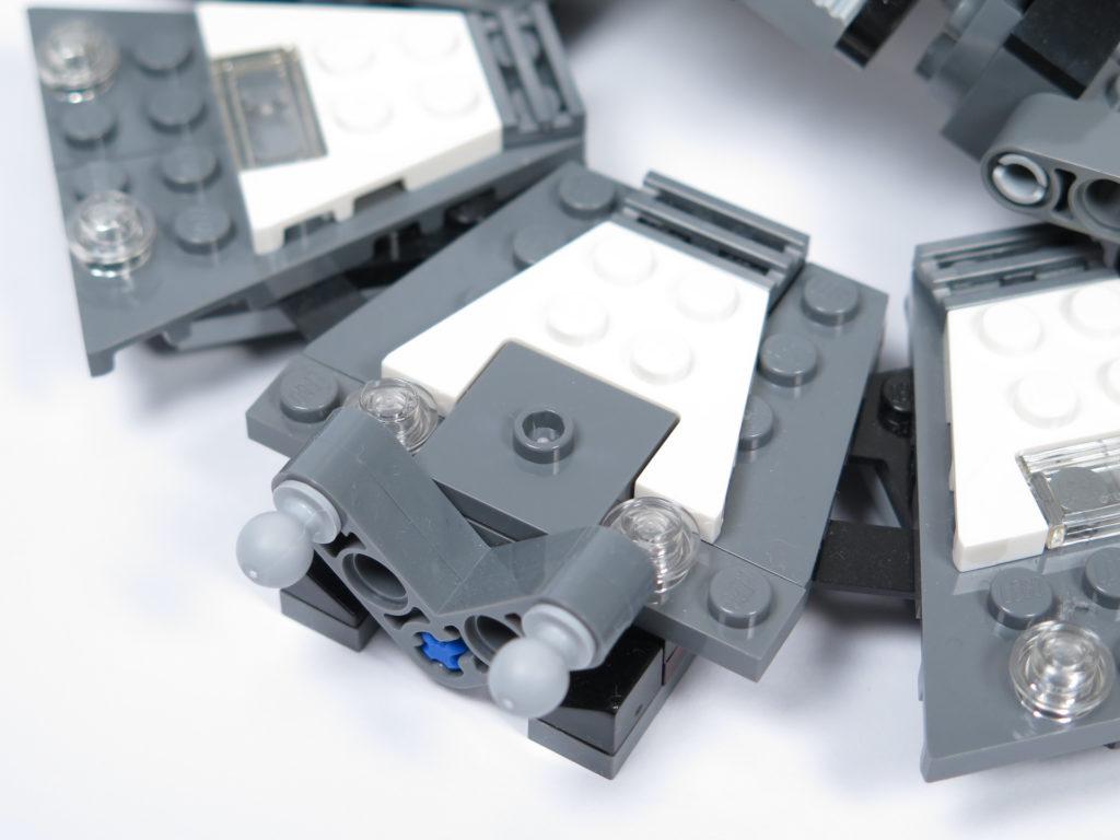 LEGO® Star Wars™ 75183 Darth Vader™ Transformation - zweite Plattform mit Hebel | ©2018 Brickzeit