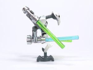 LEGO® Star Wars™ 75199 General Grevious Combat Speeder - Minifigur Grievous rechte Seite 1 | ©2018 Brickzeit