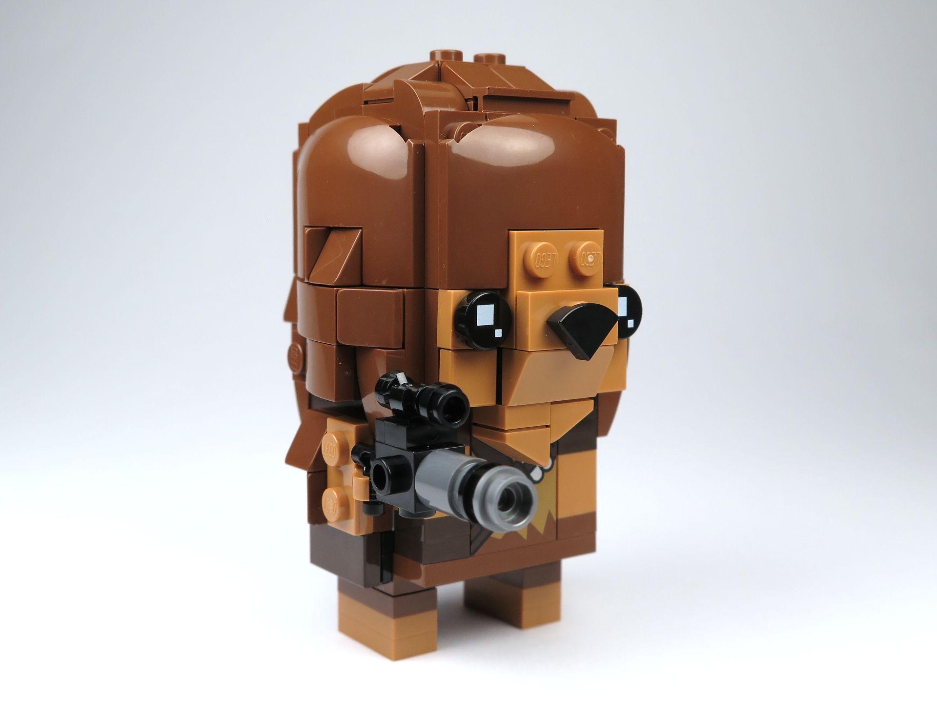 LEGO® Brickheadz™ Chewbacca™ (41609) - Perspektive rechts | ©2018 Brickzeit