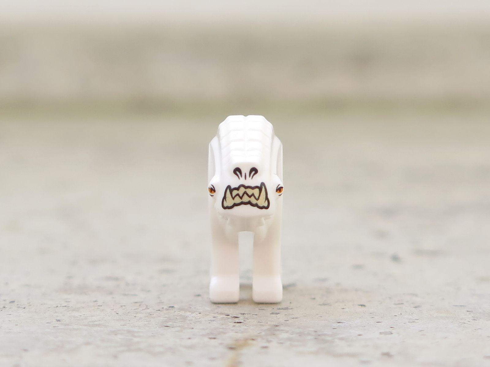 LEGO® Star Wars™ Han Solo's Landspeeder™ (75209) - Corellian Hound vorne | ©2018 Brickzeit