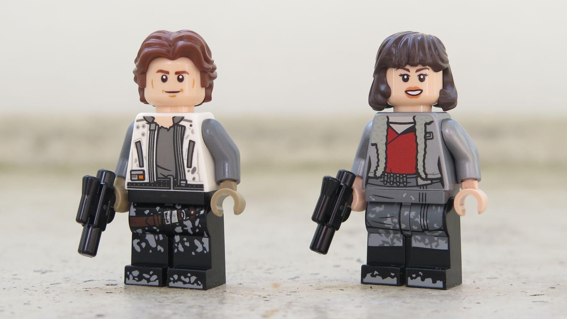 LEGO® Star Wars™ Han Solo's Landspeeder™ (75209) - Han Solo & Qi'ra | ©2018 Brickzeit