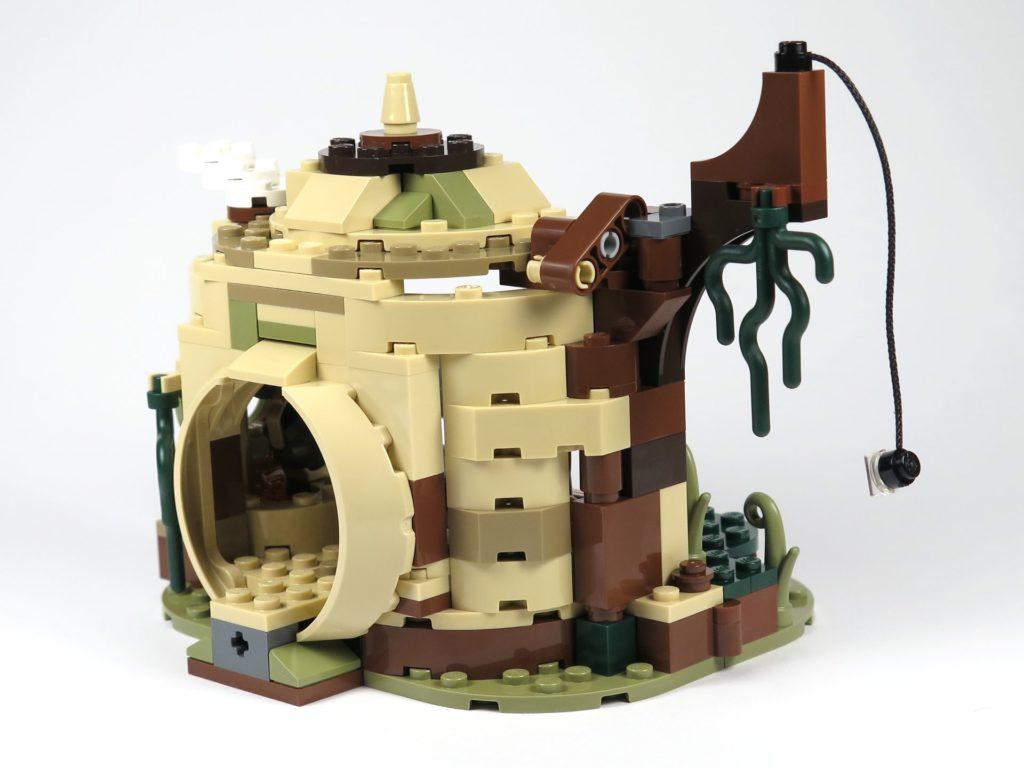 LEGO® Star Wars™ Yoda's Hütte (75208) - Hütte links vorne | ©2018 Brickzeit