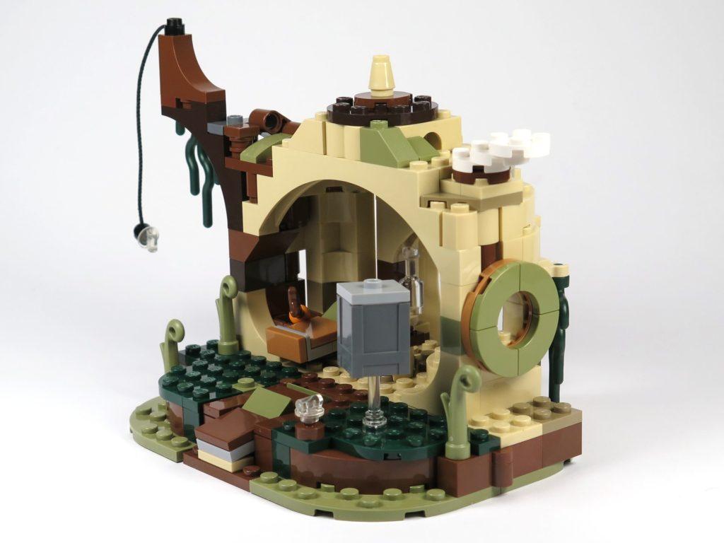 LEGO® Star Wars™ Yoda's Hütte (75208) - Hütte rechts hinten | ©2018 Brickzeit