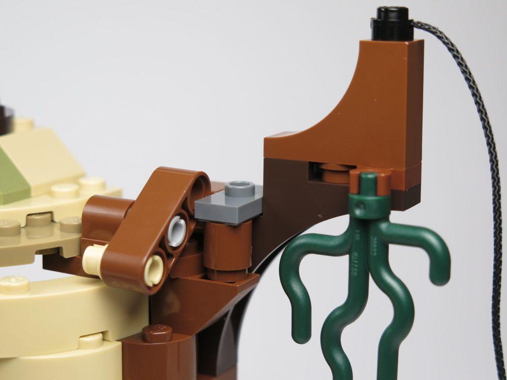 LEGO® Star Wars™ Yoda's Hütte (75208) - Auslöser am Seil | ©2018 Brickzeit