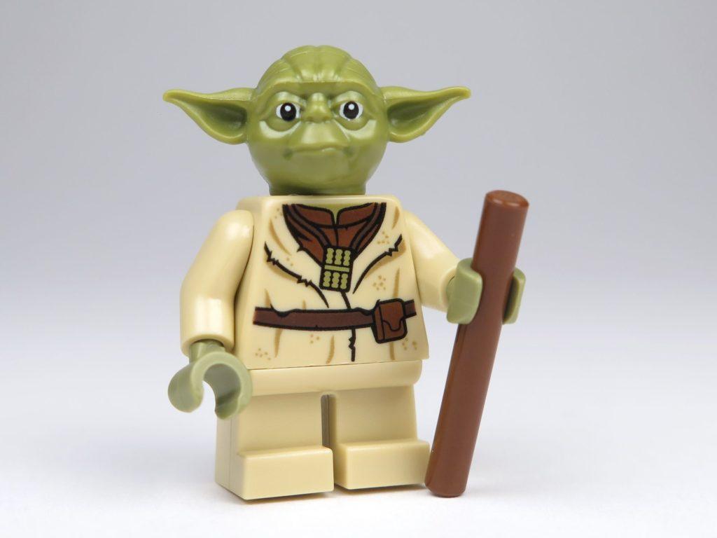 LEGO® Star Wars™ Yoda's Hütte (75208) - Yoda Vorderseite | ©2018 Brickzeit