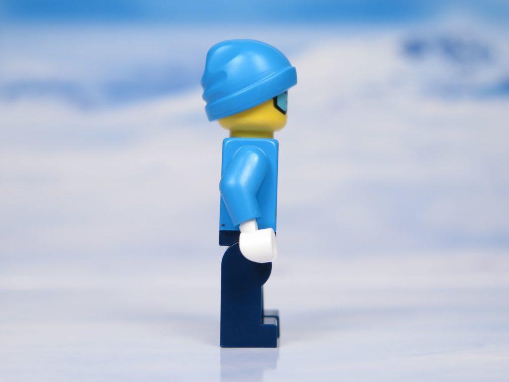 LEGO® City Arktis Eissäge - Minifigur, rechte Seite | ®2018 Brickzeit