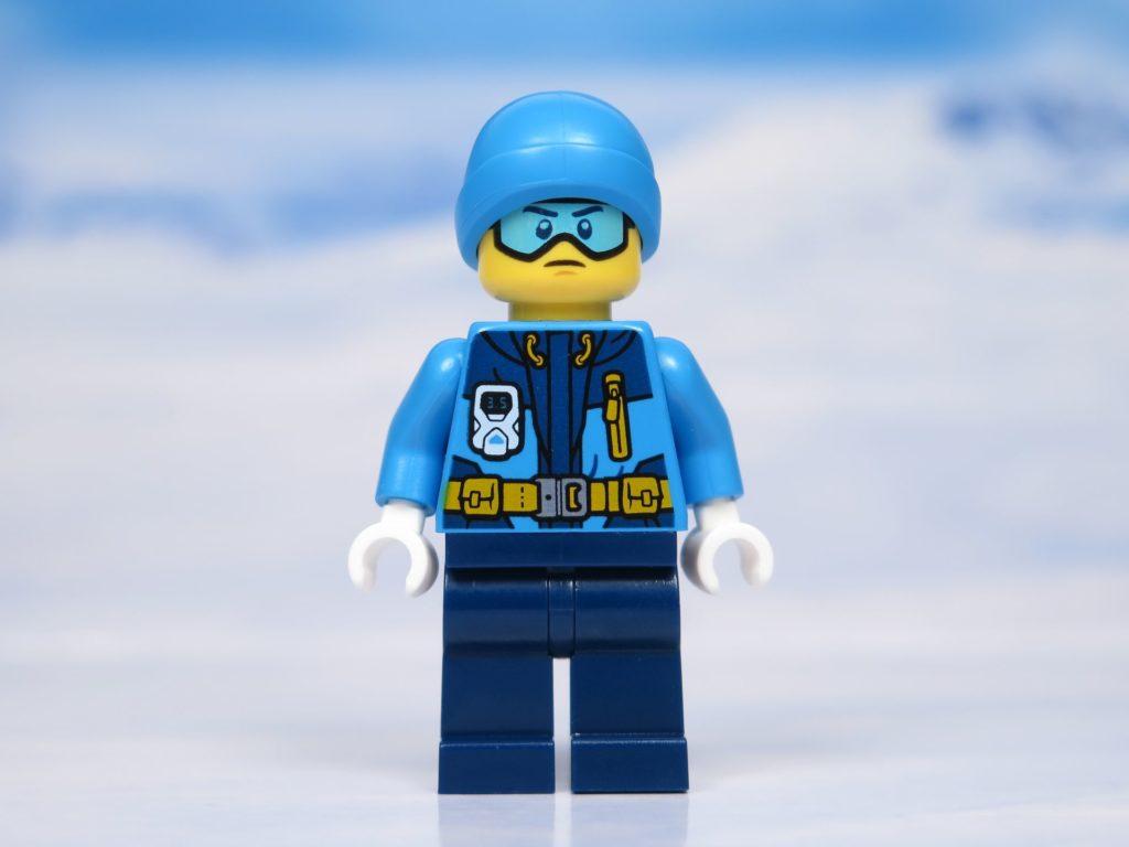 LEGO® City Arktis Eissäge - Minifigur, Vorderseite | ®2018 Brickzeit