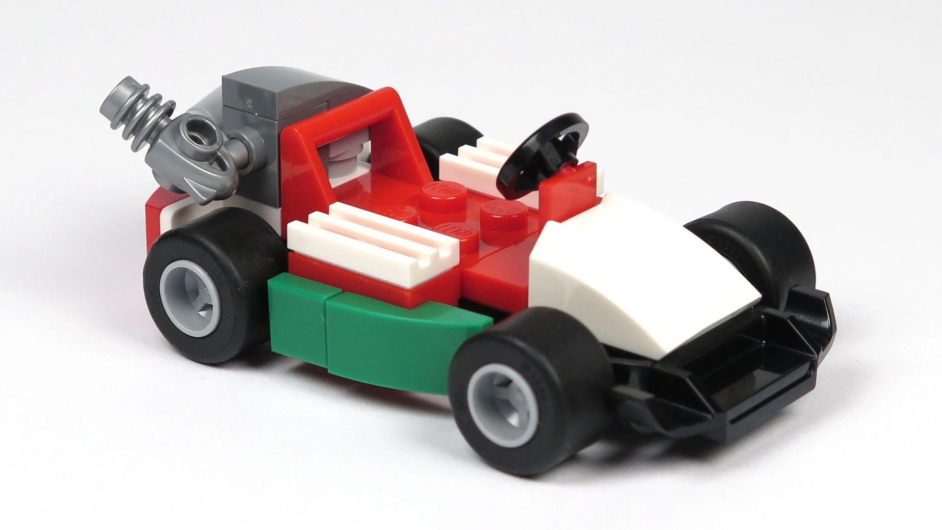 LEGO® City Magazin Nr. 7 - Rennwagen Perspektive Vorderseite | 2018 Brickzeit