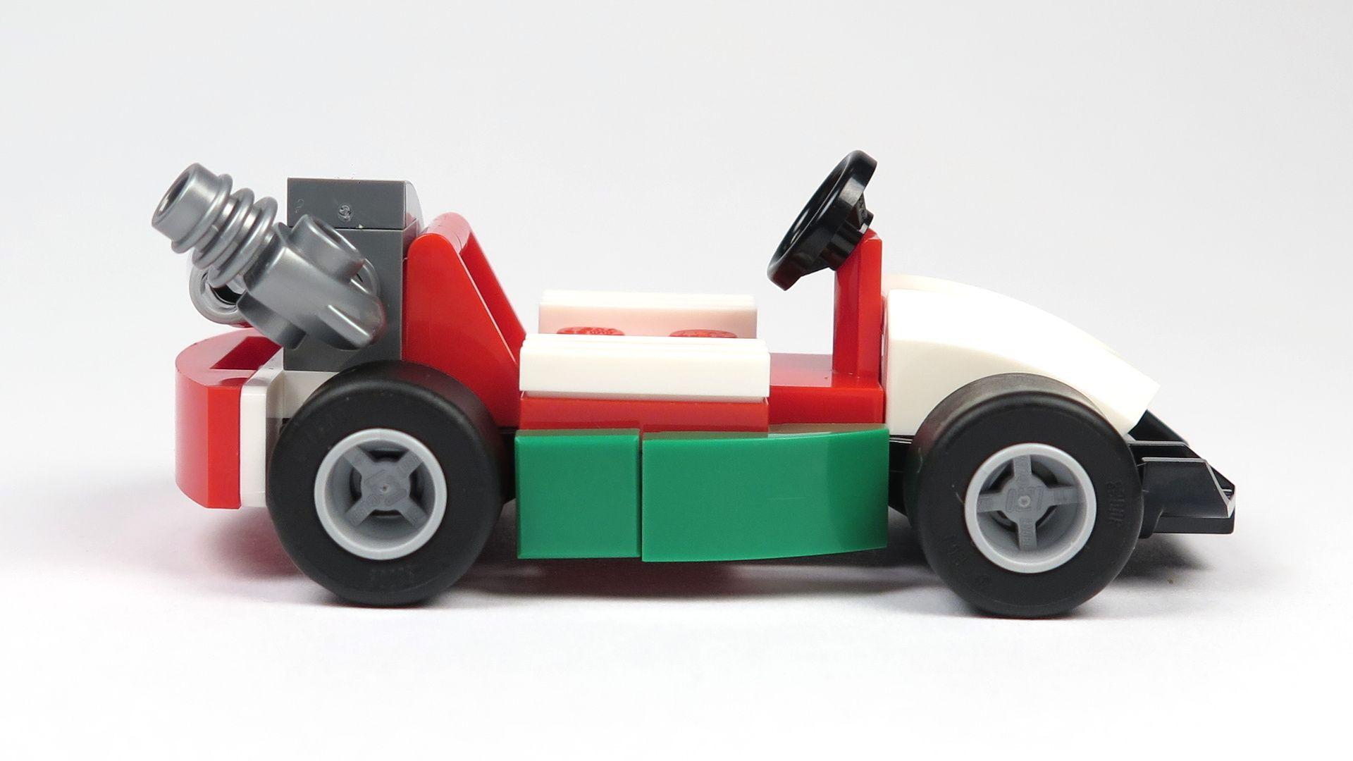 LEGO® City Magazin Nr. 7 - Rennwagen rechte Seite | 2018 Brickzeit
