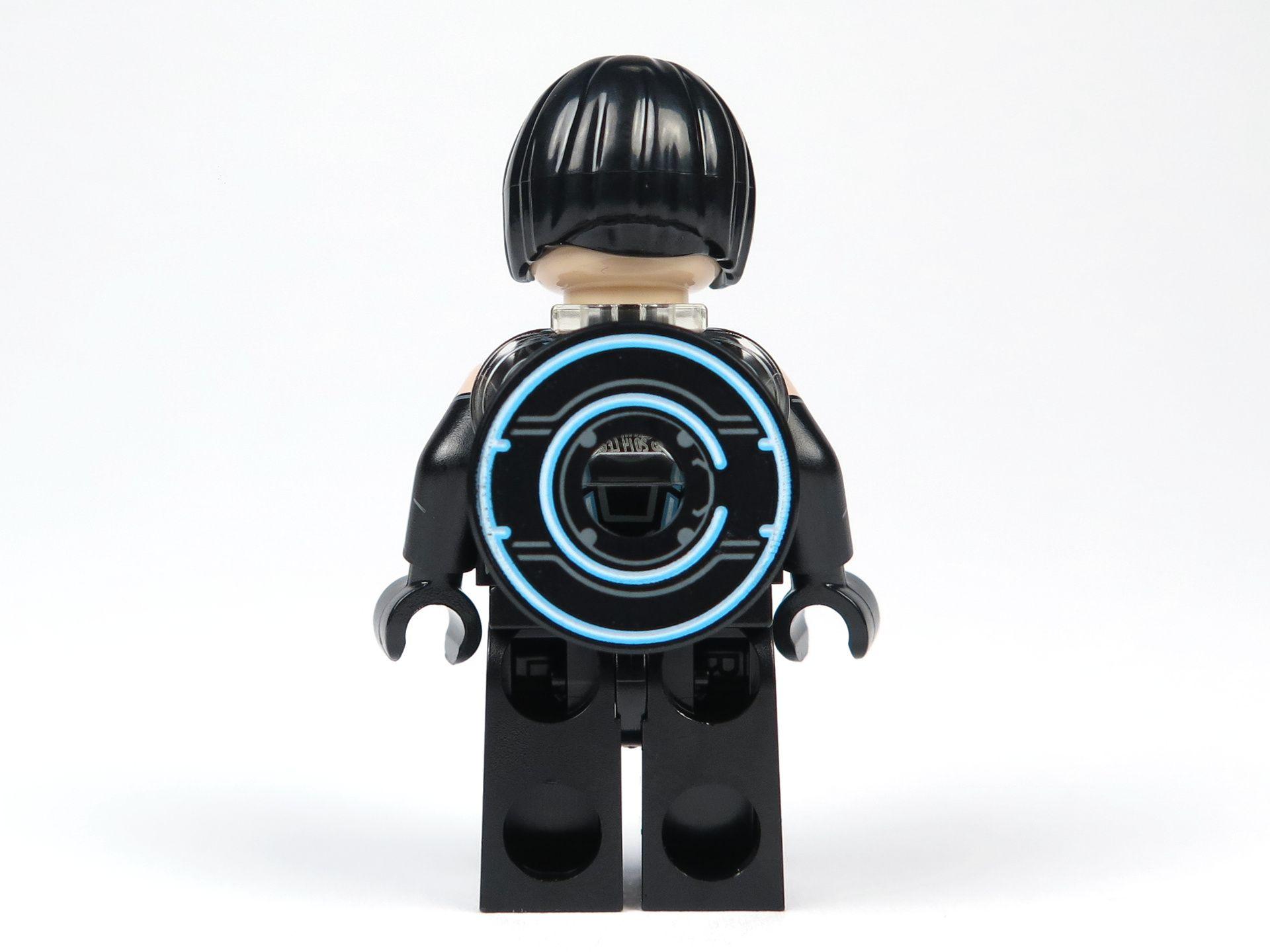LEGO® Ideas TRON: Legacy (21314) - Quorra mit Haare und Disc, Rückseite | ©2018 Brickzeit
