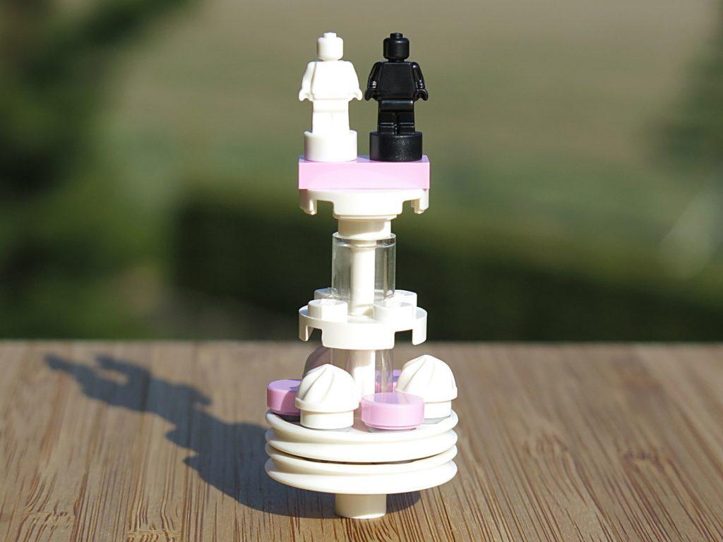 LEGO® Minifiguren Hochzeits-Set 2018 (40197) - Hochzeitstorte | ©2018 Brickzeit