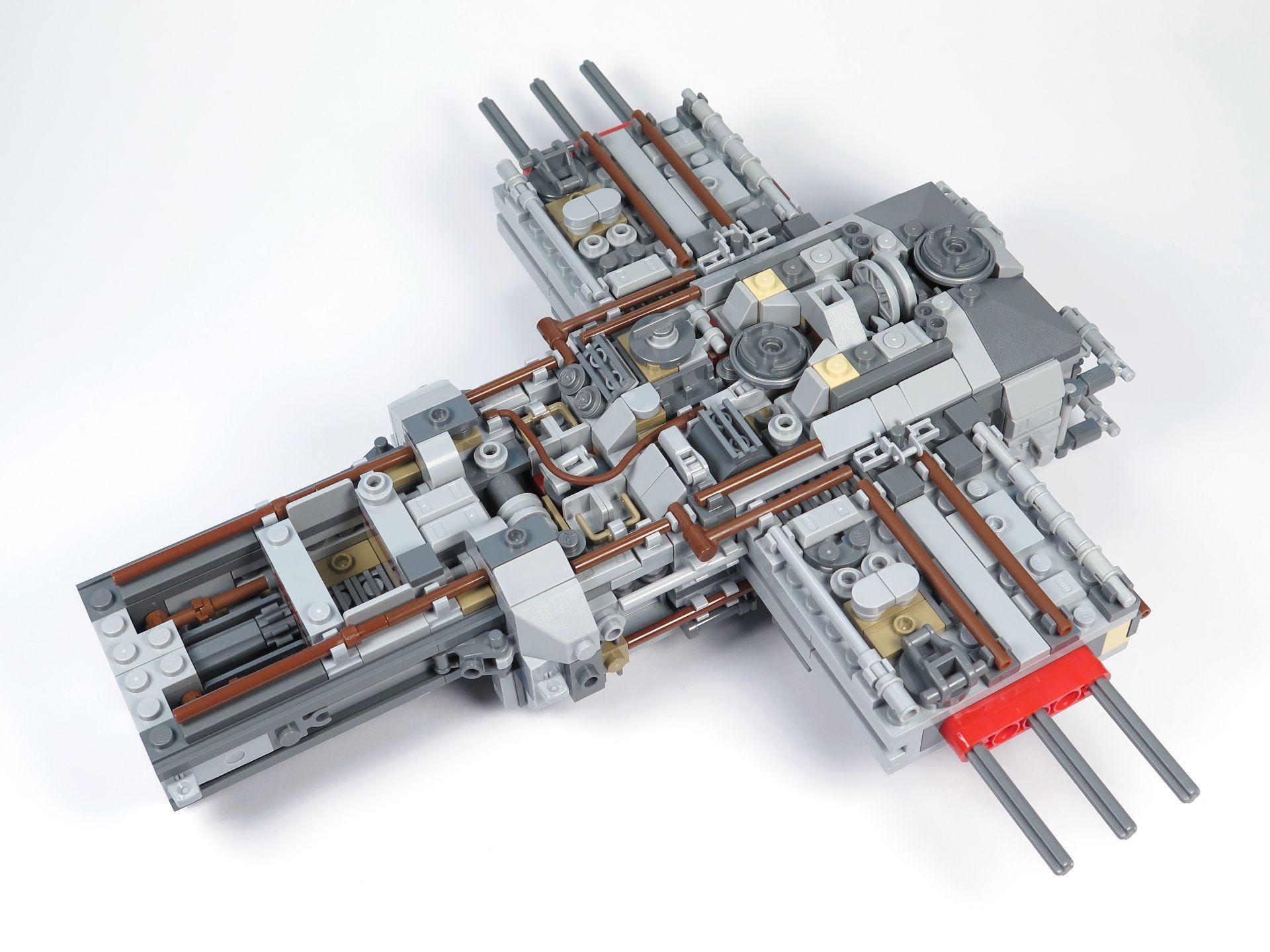 LEGO® Star Wars™ UCS Y-Wing Starfighter - Bauabschnitt 2 - Vorne | ©2018 Brickzeit