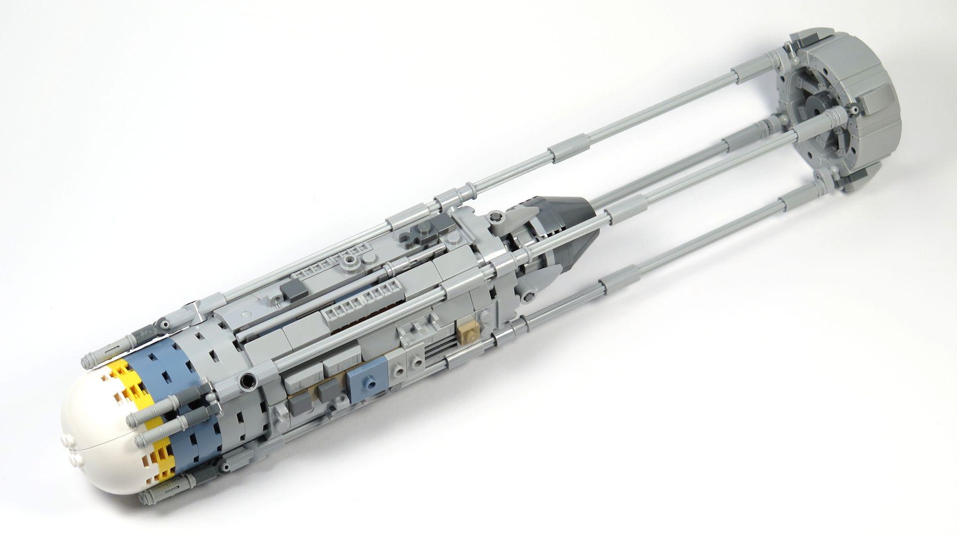LEGO® Star Wars™ UCS Y-Wing Starfighter - Bauabschnitt 4 - Triebwerk mit Verkleidung und Gestänge | ©2018 Brickzeit