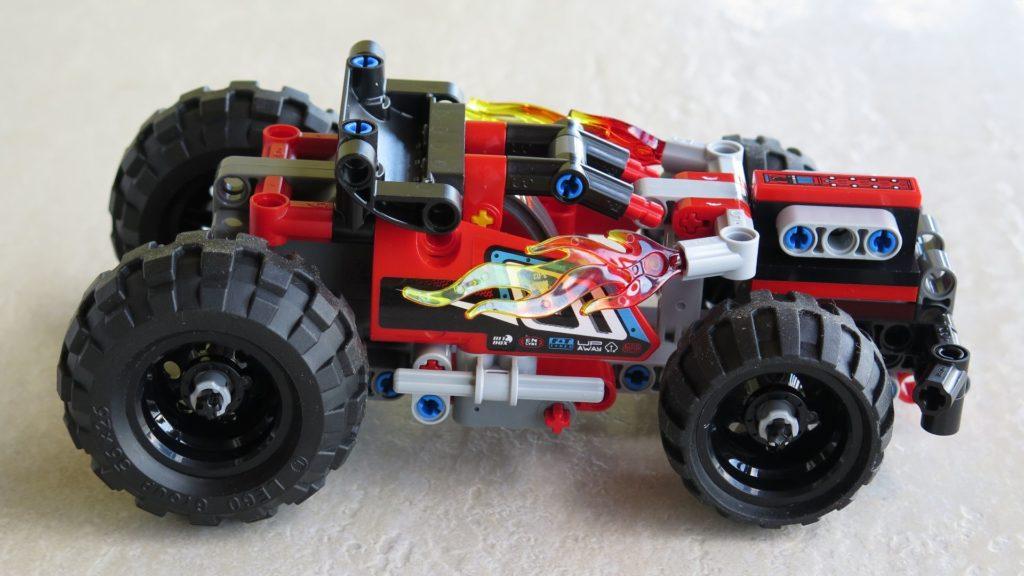 LEGO® Technic BUMMS! (42073) - rechte Seite | ©2018 Brickzeit