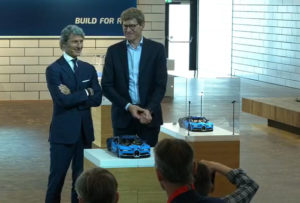 ceo-lego-und-bugatti-vor-technic-highlight