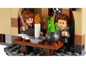 LEGO® Harry Potter™ Hogwarts Whomping Willow™ (75953) Bild 4 | ©2018 LEGO Gruppe
