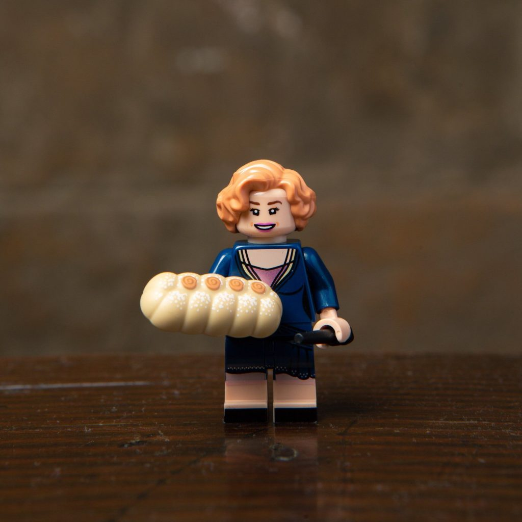 LEGO® Harry Potter Minifiguren Serie (71022) - Queenie Goldstein | ©2018 LEGO Gruppe