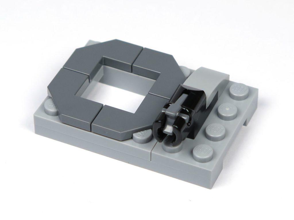 LEGO® Jurassic World Carnotaurus (75929) - Bauabschnitt 1 - Dach für Führerhaus | ©2018 Brickzeit