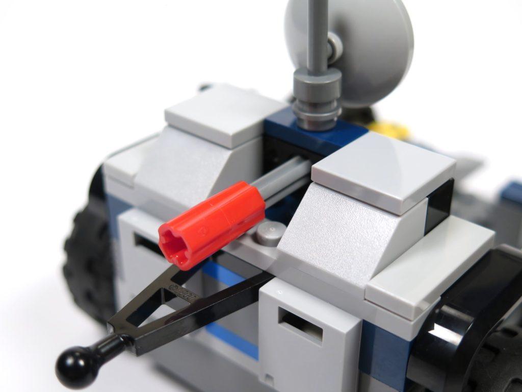 LEGO® Jurassic World Carnotaurus (75929) - Bauabschnitt 3 - Anhänger, Auswurfmechanismus | ©2018 Brickzeit