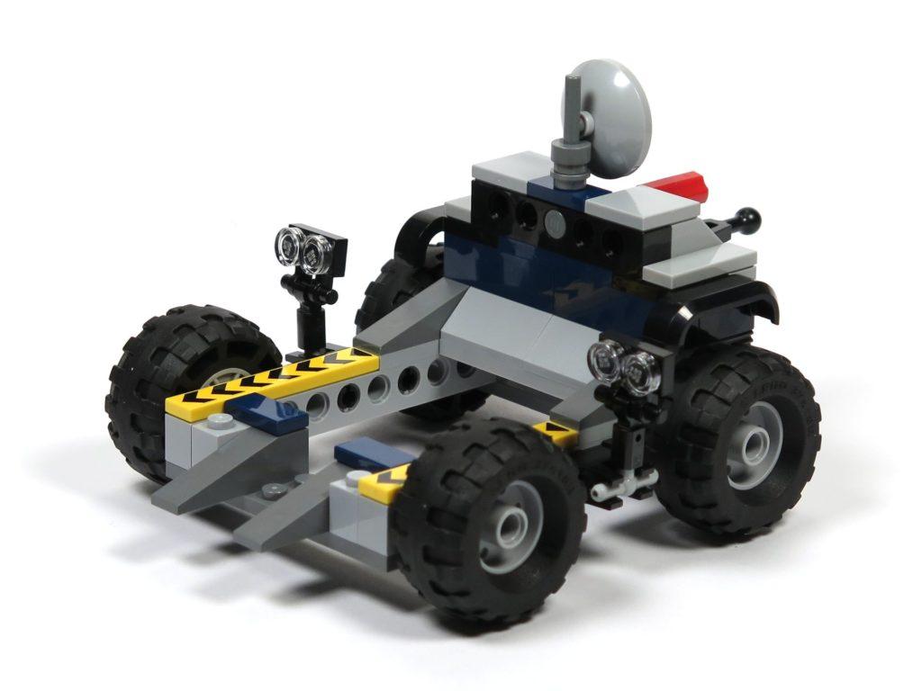 LEGO® Jurassic World Carnotaurus (75929) - Bauabschnitt 3 - Anhänger hinten rechts | ©2018 Brickzeit